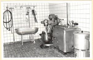 8 kijkje_in_de_slagerij_1964_bij_opening